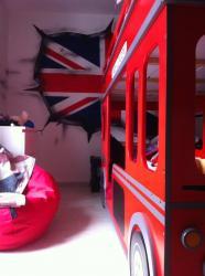 graff-deco-london-by-bam-graffiti-graffeur-anglais-english-decoration-chambre.jpg