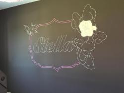 Graff graffiti disney minnie mickey donald reine des neige vice versa disneyland fresque chambre bebe fille